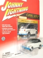 Johnny Lightning 2002 Classic Gold 1974 VOLKSWAGEN THING